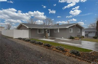 241 S 10TH AVE, Othello, WA 99344 - Photo 1