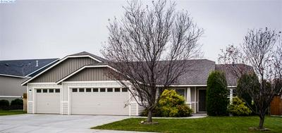 426 S PENN ST, Kennewick, WA 99336 - Photo 2