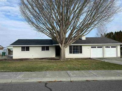 936 W 14TH PL, Kennewick, WA 99337 - Photo 1