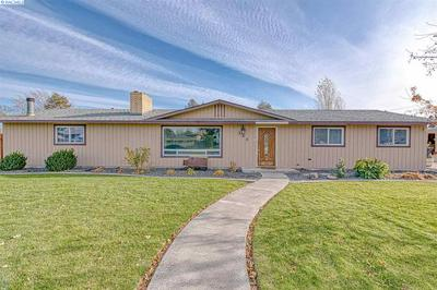 305 S ARTHUR ST, Kennewick, WA 99336 - Photo 1