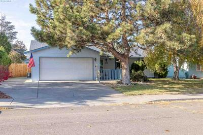 639 N WILLIAMS ST, Kennewick, WA 99336 - Photo 1