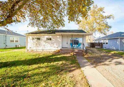 305 ROSSELL AVE, Richland, WA 99352 - Photo 1