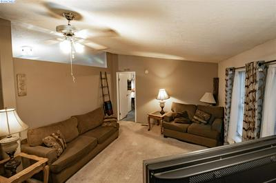 2207 N NEVADA CT, Kennewick, WA 99336 - Photo 2