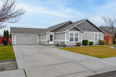 5708 OCHOCO LN, Pasco, WA 99301 - Photo 1
