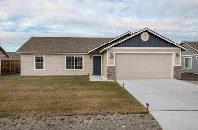 359 E 16TH AVE, Kennewick, WA 99337 - Photo 1