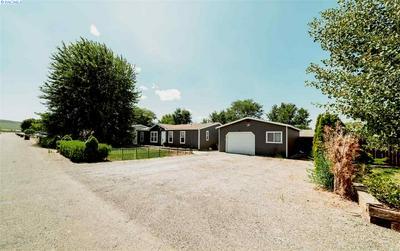 35804 N FLAGSTONE DR, Benton City, WA 99320 - Photo 2