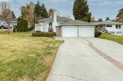 420 23RD AVE, Yakima, WA 98902 - Photo 1