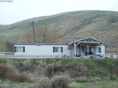 65 HATCH GRADE RD, Burbank, WA 99323 - Photo 2