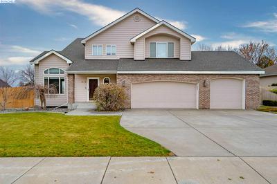 1300 HAZELWOOD AVE, Richland, WA 99352 - Photo 1