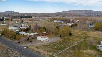 3405 S GOOSE GAP RD, BENTON CITY, WA 99320 - Photo 1