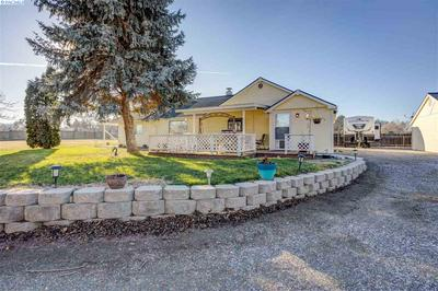 208606 E COCHRAN RD, Kennewick, WA 99337 - Photo 1