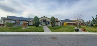 8704 W CLEARWATER PL, Kennewick, WA 99336 - Photo 2