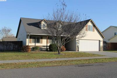 4011 HAYDEN LN, Pasco, WA 99301 - Photo 2