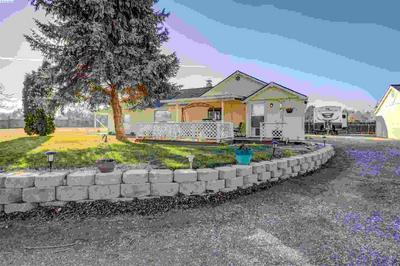 208606 E COCHRAN RD, Kennewick, WA 99337 - Photo 1