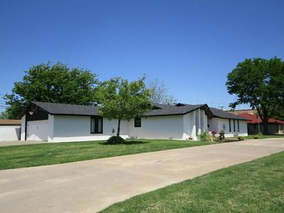 2701 DUNCAN ST, Pampa, TX 79065 - Photo 2