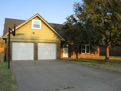 209 INVERNESS ST, Borger, TX 79007 - Photo 1