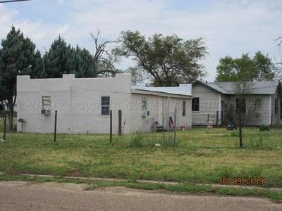 1031 S MORSE AVE, Stinnett, TX 79083 - Photo 2