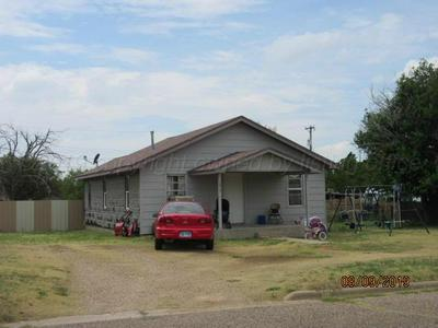 1014 S GREENOUGH AVE, Stinnett, TX 79083 - Photo 1