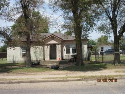 226 E 3RD ST, STINNETT, TX 79083 - Photo 1