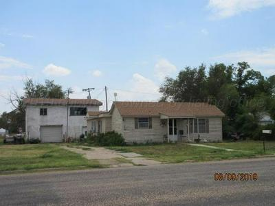 307 W BROADWAY ST, Stinnett, TX 79083 - Photo 1