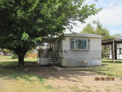 714 S WILHELM AVE, STINNETT, TX 79083 - Photo 1
