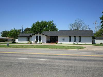 2701 DUNCAN ST, Pampa, TX 79065 - Photo 1