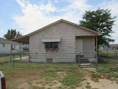 712 ALLEN AVE, STINNETT, TX 79083 - Photo 1