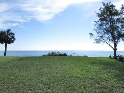 814 BAY BLVD, PENSACOLA, FL 32503 - Photo 2