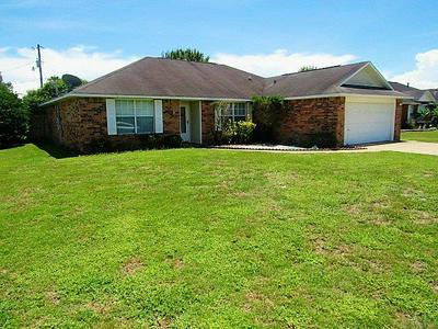 1989 CORAL REEF RD, PENSACOLA, FL 32506 - Photo 1