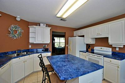 806 BINNACLE PL, PENSACOLA, FL 32507 - Photo 2