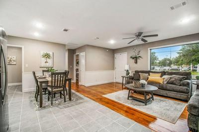 831 W MALLORY ST, PENSACOLA, FL 32501 - Photo 2