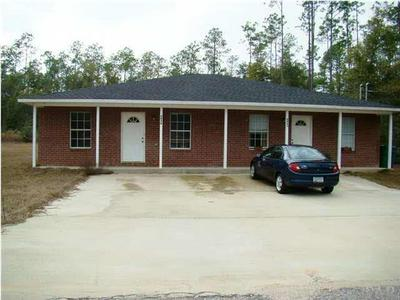 6843 ROUNDUP LN, MILTON, FL 32570 - Photo 2
