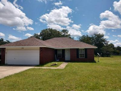 5584 PADDLE WHEEL DR, MILTON, FL 32583 - Photo 1