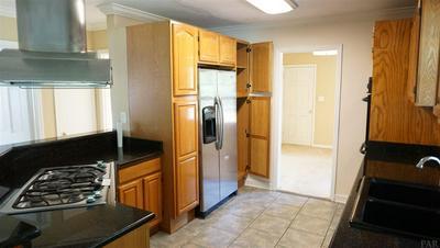 5560 HOMEWOOD RD, PENSACOLA, FL 32504 - Photo 2