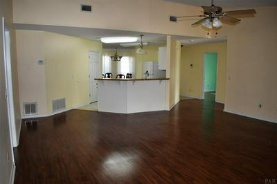 1695 CHAMPAGNE AVE, GULF BREEZE, FL 32563 - Photo 2