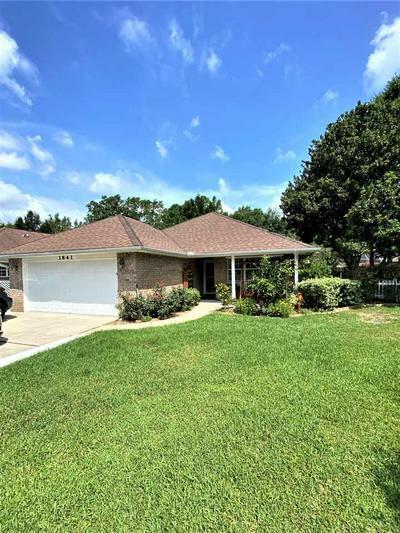 3841 WINDSOR CASTLE BLVD, MILTON, FL 32583 - Photo 1