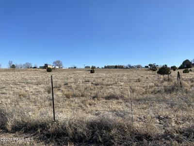 401 W FRONTIER ROAD, Paulden, AZ 86334 - Photo 2
