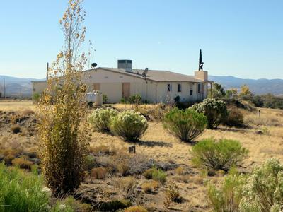 8165 W CLARIDGE LN, Wilhoit, AZ 86332 - Photo 1