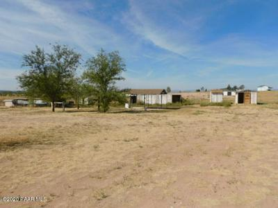 26400 N BULL SNAKE RD, Paulden, AZ 86334 - Photo 2