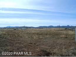 197 W BAJA RD, Paulden, AZ 86334 - Photo 1