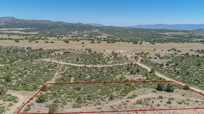 17352 S JUNIPER DR, Peeples Valley, AZ 86332 - Photo 2