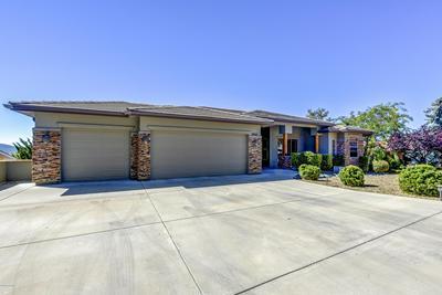 10641 E STRAIGHT ARROW RD, Dewey-Humboldt, AZ 86327 - Photo 2