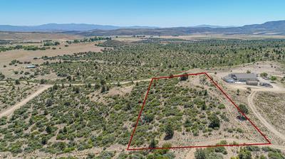 17352 S JUNIPER DR, Peeples Valley, AZ 86332 - Photo 1