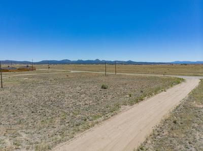 469 W GRAND CANYON RD, Paulden, AZ 86334 - Photo 2