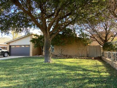 409 SW 23RD ST, Seminole, TX 79360 - Photo 2