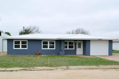 502 SW 13TH ST, Seminole, TX 79360 - Photo 1