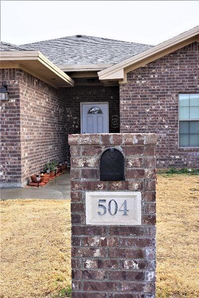 504 E 19TH ST, MONAHANS, TX 79756 - Photo 2