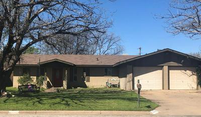 3003 CROCKETT AVE, Snyder, TX 79549 - Photo 1