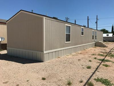 213 SE 5TH ST, Andrews, TX 79714 - Photo 2