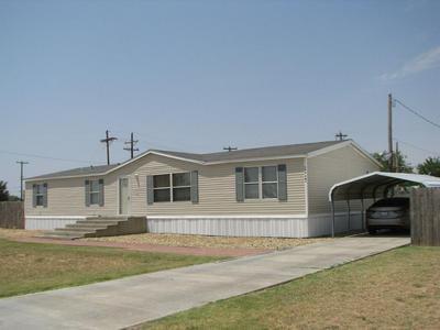110 SW AVENUE I, Seminole, TX 79360 - Photo 1